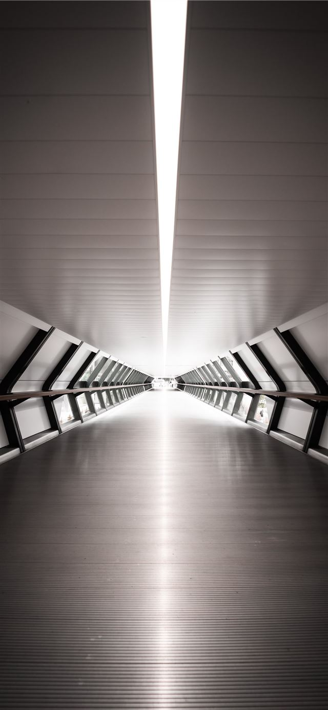 gray hallway iPhone X wallpaper