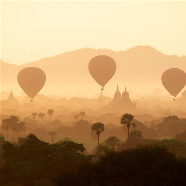 air balloons desert 4k iPad wallpaper