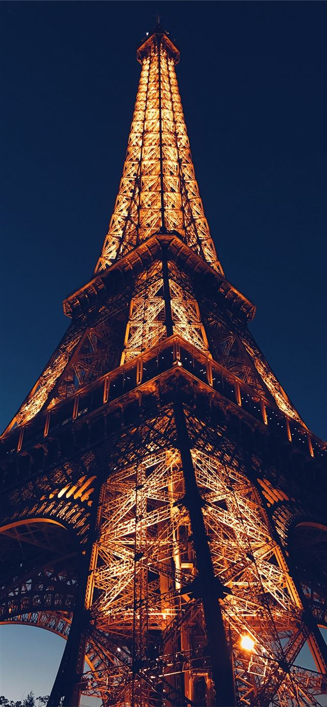architecture eiffel tower paris iPhone 11 wallpaper