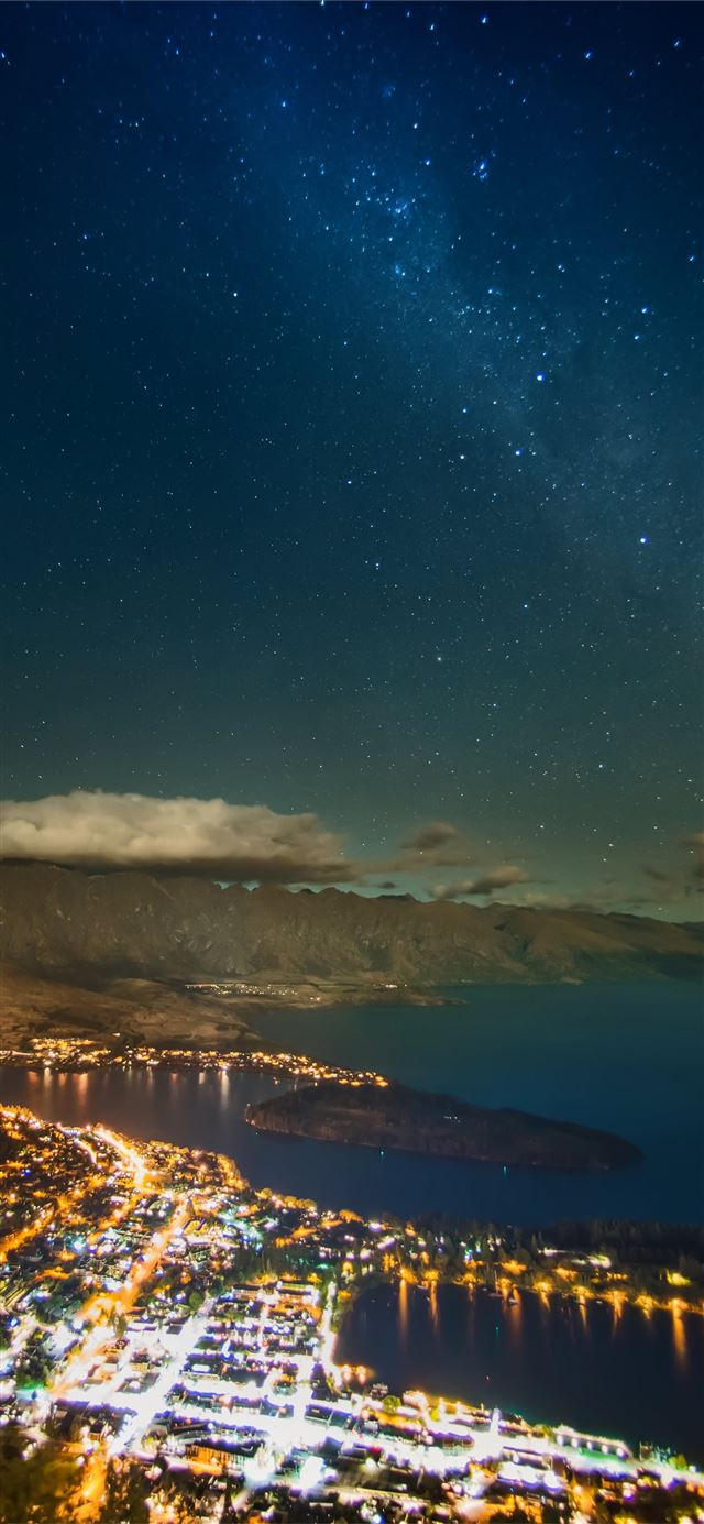 stars over queenstown 8k iPhone 11 wallpaper