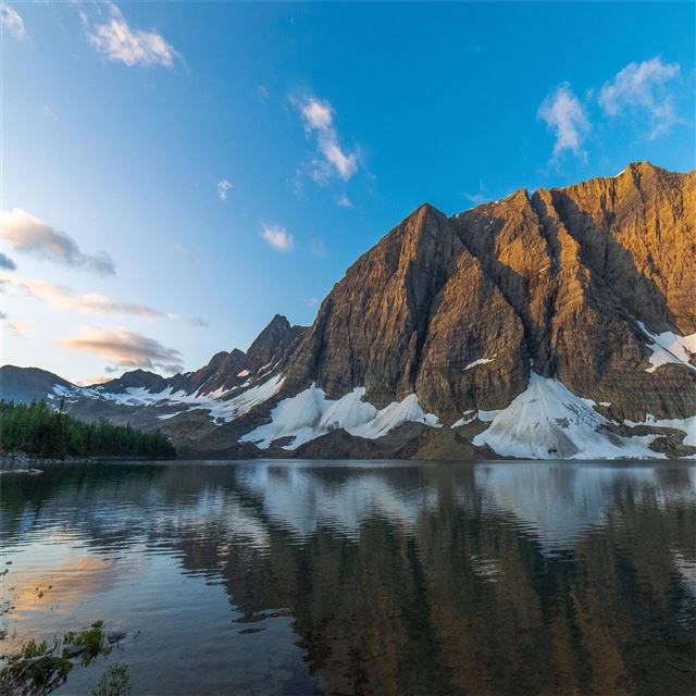 floe lake at sunrise british columbia 5k iPad Air wallpaper