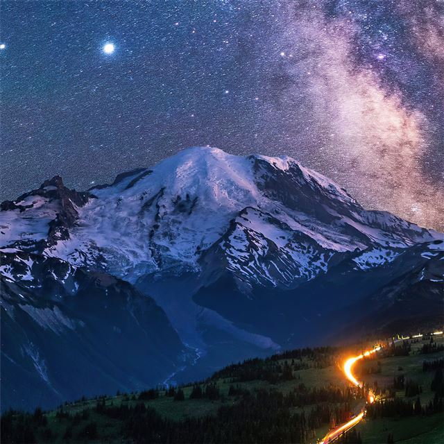 milky way over mountains 4k iPad Pro wallpaper